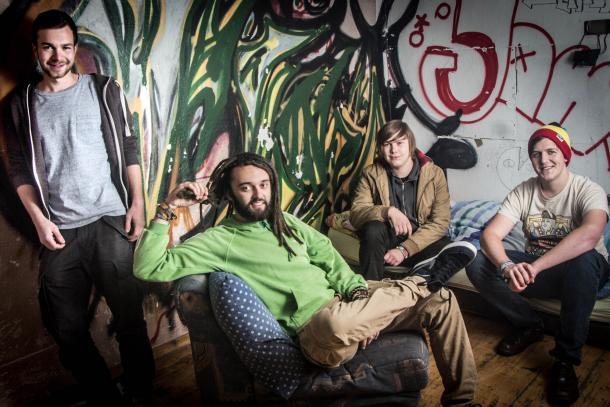 Che Riddim - The Band